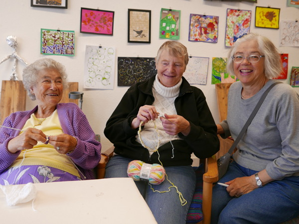 Joyce McQuarrie, volunteer (Knitting Group)